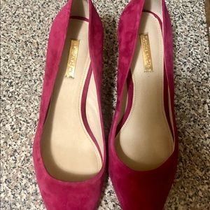 Louis and Cie pink suede pumps